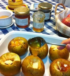 Manzanas al horno con miel ecológica